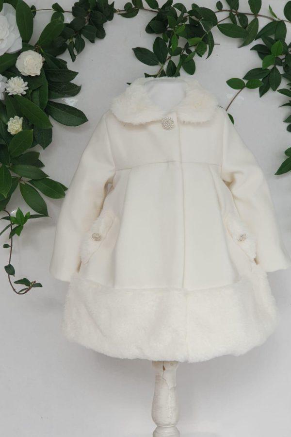Bapteme rubrique manteau manteau patachou ECRU 185 euros du 1 ans au 3 ans