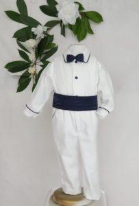 Ensemble cesar blanc marine 90 euros pantalon et chemise pique de coton borde marine ceinture et noeuds satin marine