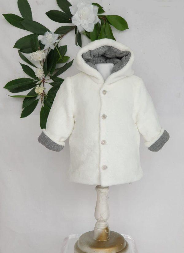 Manteau bapteme manteau Mayoral blanc double gris 32 euros du 6 mois au 18 mois