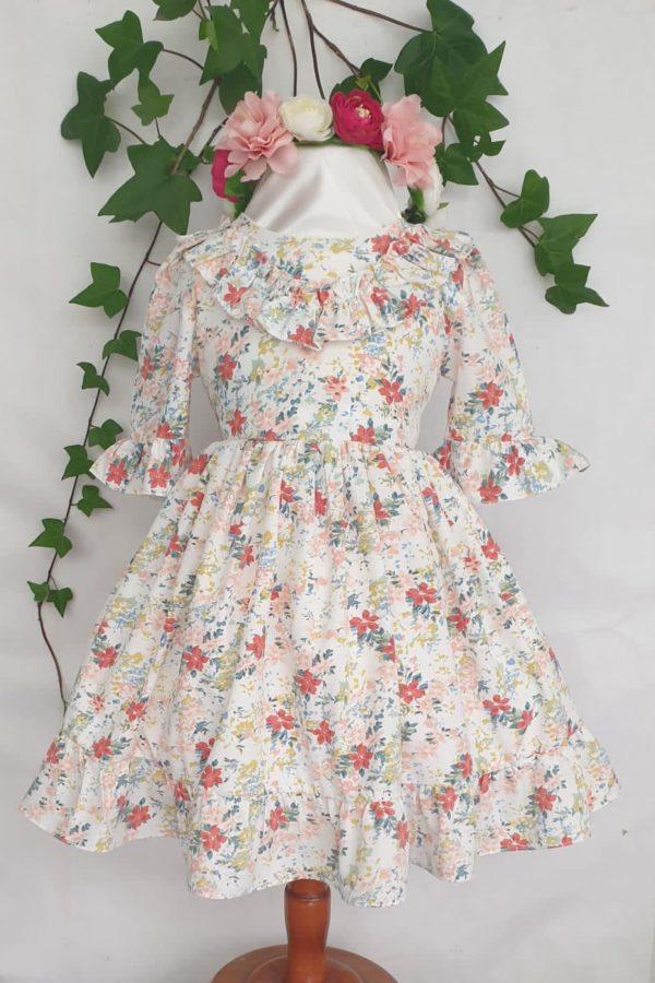 Fille robe princesse 29 euros du 4 ans au 12 ans